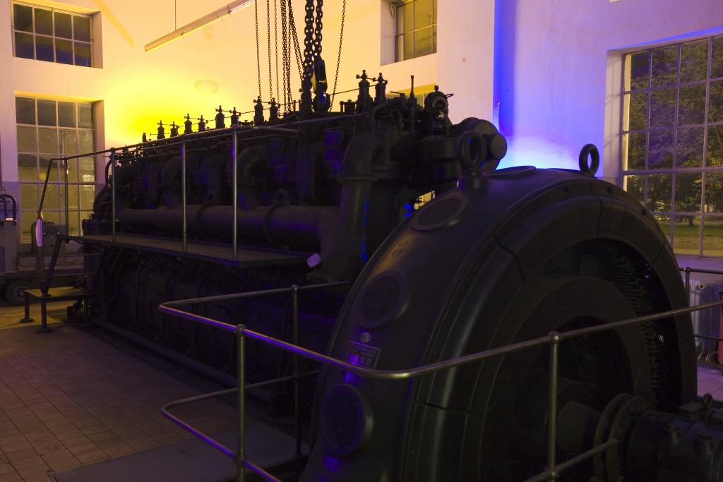 Elektrozentrale MAN Diesel mit Generator