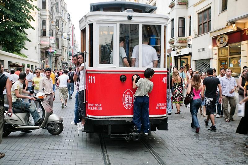 Istanbul Straßenbahn Taksim Günel