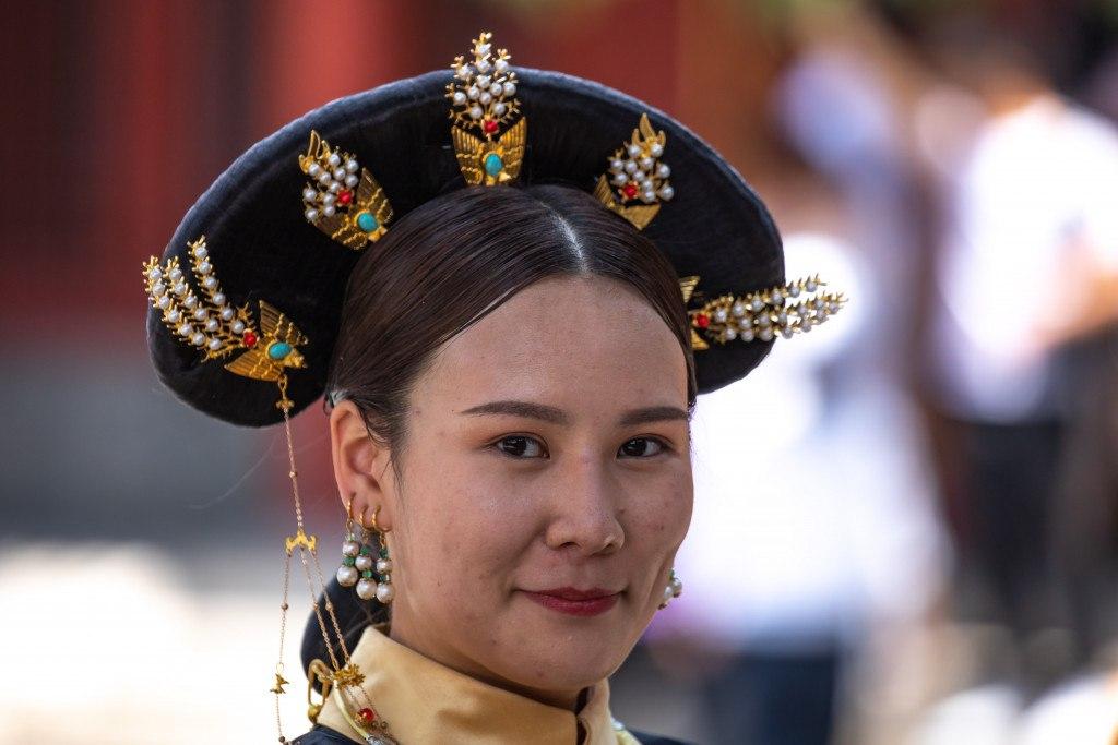 Chinesin in historischer Tracht